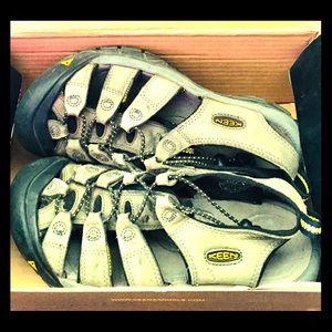 Women's Keen Full-Foot Sandals, Size 7, Like New!